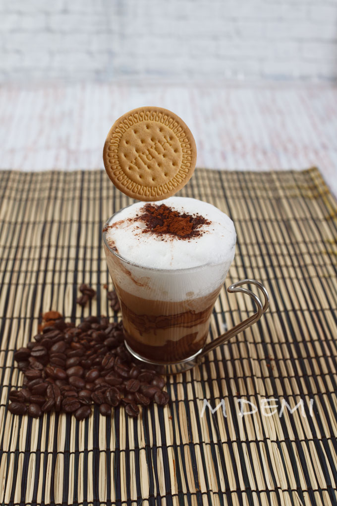 Café-moka-con-galleta