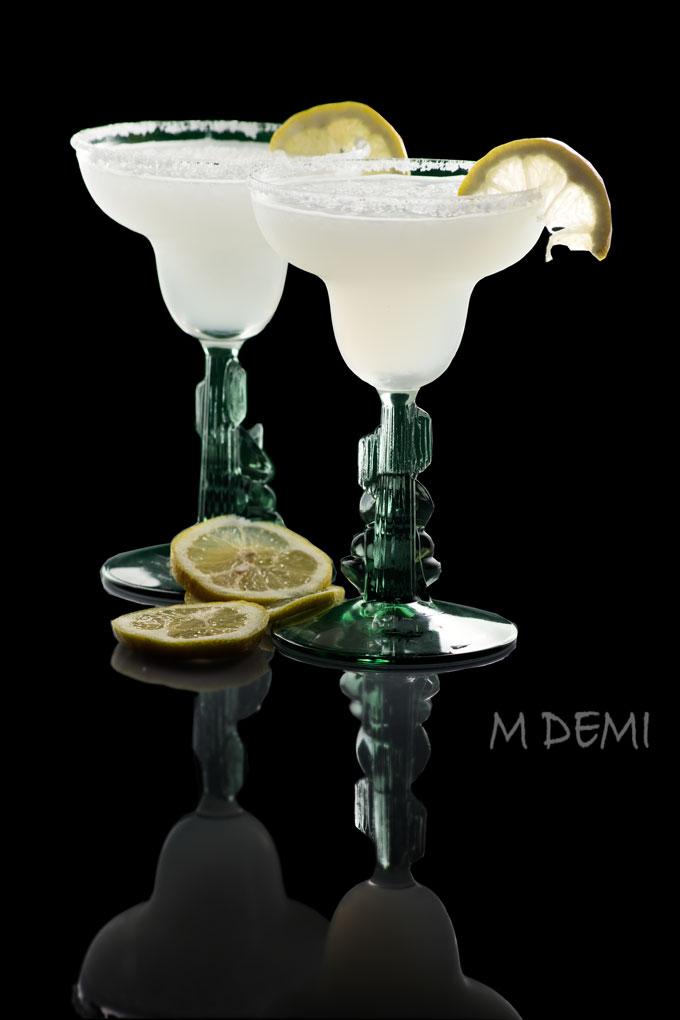 Margarita-fondo-negro
